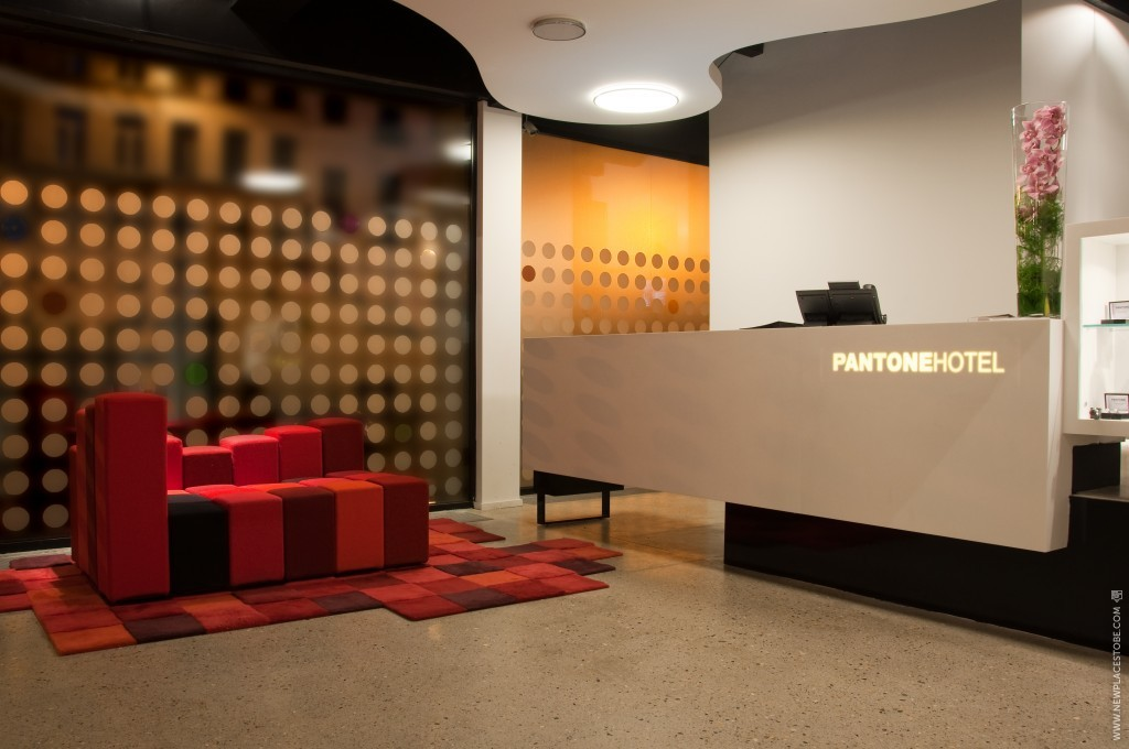 pantone hotel newplacestobe
