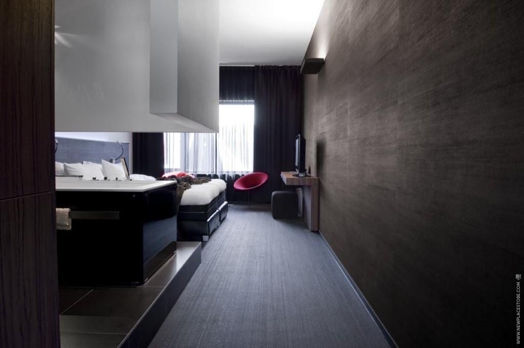 Carbon Hotel newplacestobe