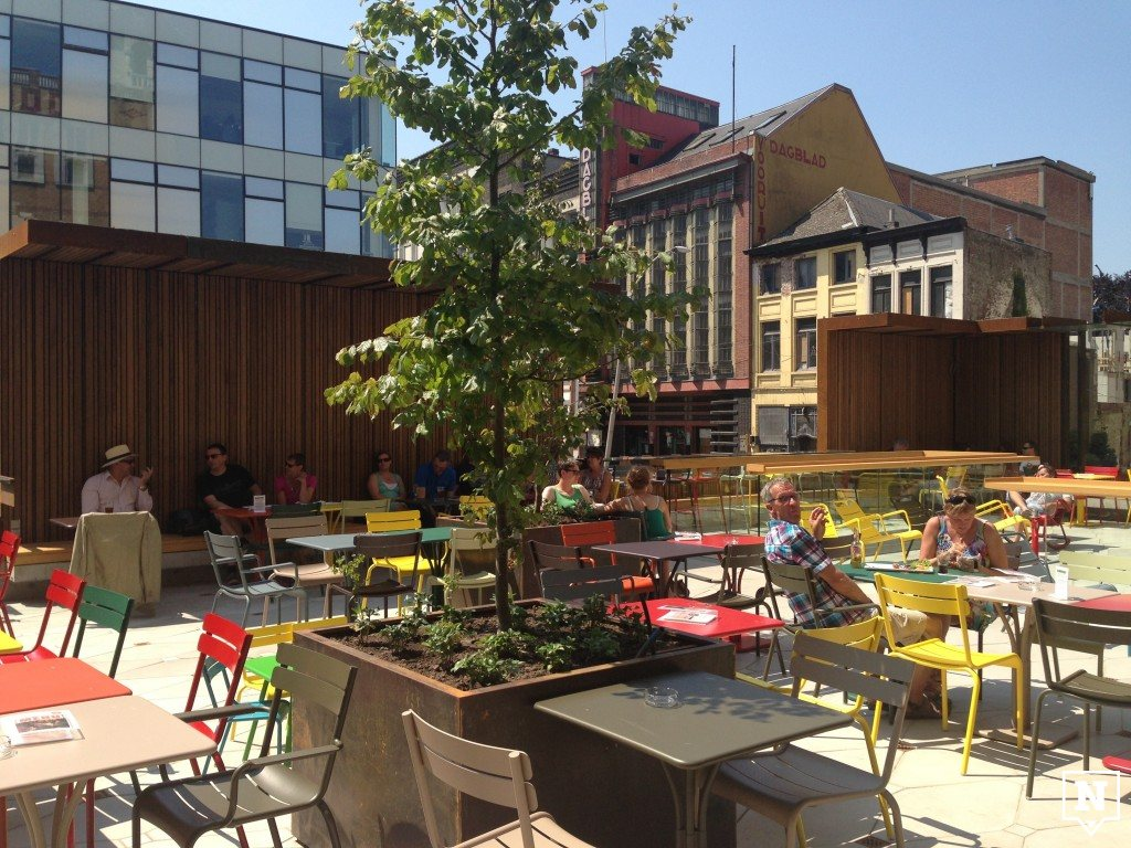 The sky is the limit in deze rooftop bars new places to be for Buiten terras
